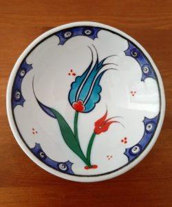 Handmade little Iznik bowl - pretty oriental tulip design
